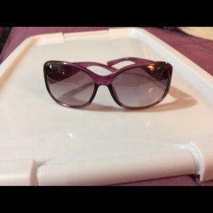 Purple fashion sunglasses
